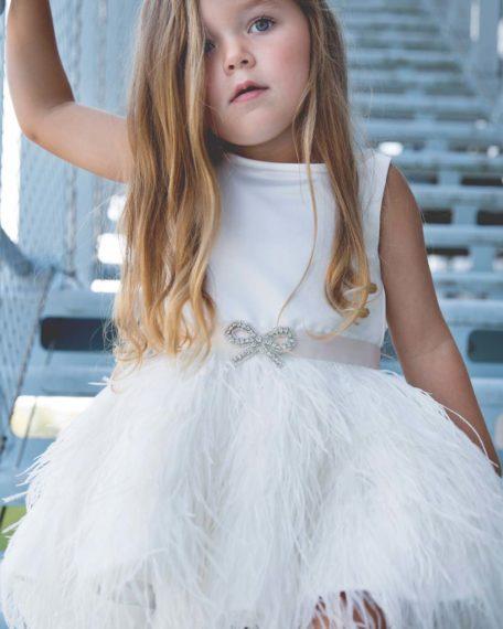 bruidsmeisje jurk tule ivoor gebroken wit off white Verenjurkje veren veertjes bruidsmeisjes jurkje jurk jurken kind meisje meisjes kinderen bruidsmeisjesjurkje Kinderbruidsjurkje verenjurk so cute! kinderbruidsmode meisje feestjurkje roze maat 122