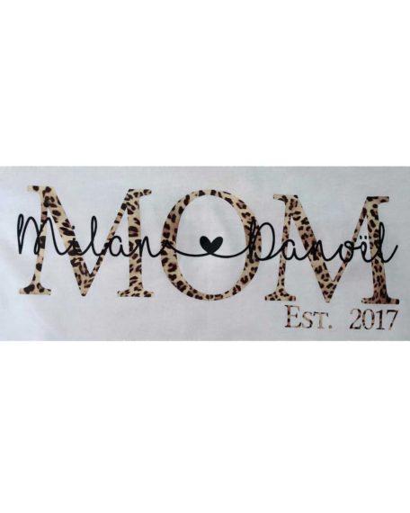 Mom T-shirt gepersonaliseerd met namen van je kinderen mama mommy & me t-shirt