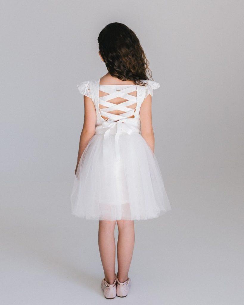 Bruidsmeisjes jurk met vetersluiting op de rug