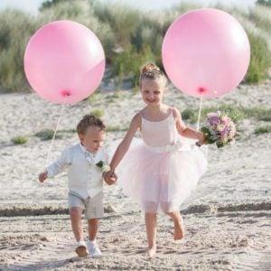 Wat zijn de taken van een bruidsmeisje en bruidsjonkers?