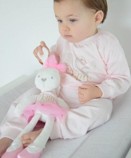 Pyjama met naam voor kinderen roze