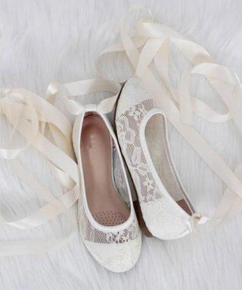 Ballerina's van kant met lint – Ivoor