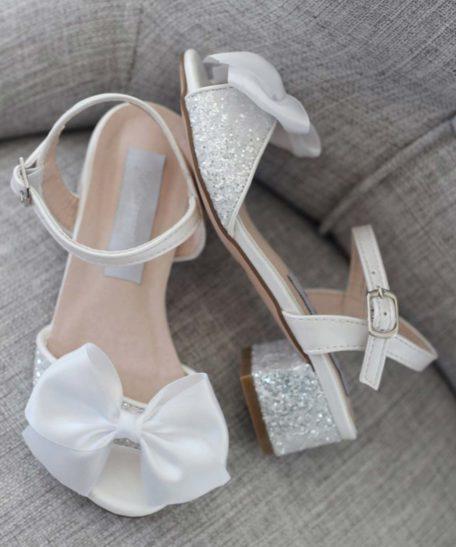 Witte wit hak schoentjes voor meisjes met glitter en strik