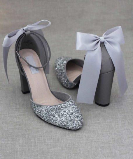 Dames trouwschoenen zilver grijs met glitters en blokhak