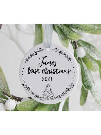 Kersthanger met naam – First Christmas