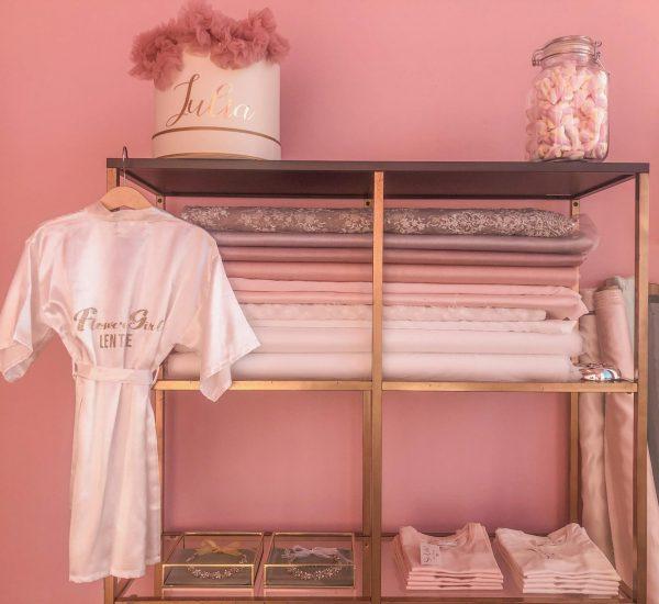 Winkel-voor-bruidsmeisjes-communie-jurkjes-